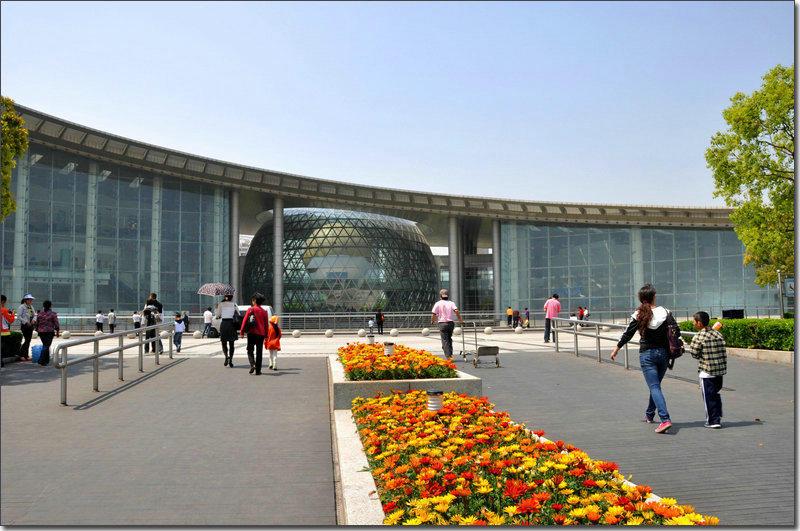 第三天   上海