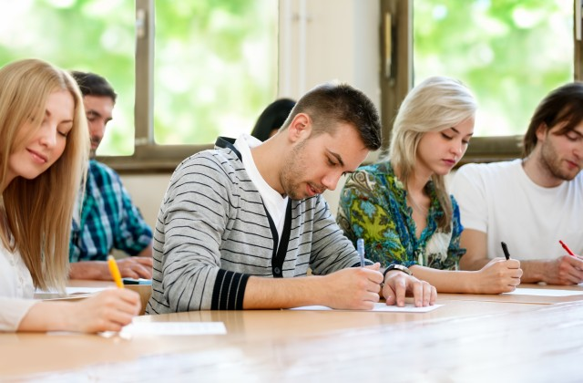 Students-Writing-640x420.jpg