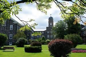 加拿大达尔豪斯大学.jpg