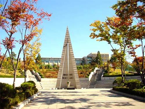 你对韩国大学奖学金申请条件,了解多少呢?
