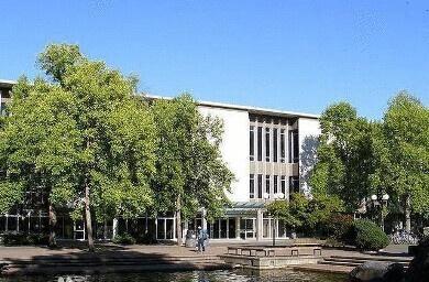 西蒙菲莎大学.jpg
