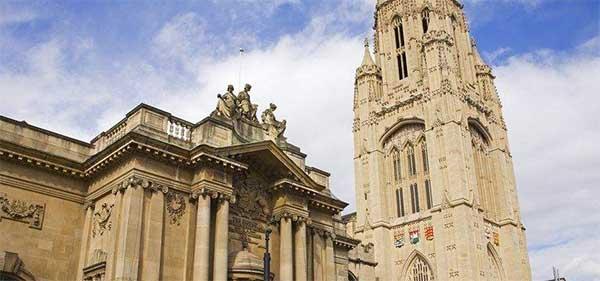 英国大学快讯:2018布里斯托大学申请开放日期公布!