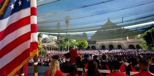 美国名校演讲:斯坦福大学校长2021届新生致辞,如何更好的成长!
