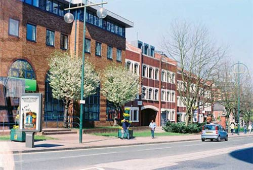 英国红砖大学中资质最老的伯明翰大学,到底有什么特色?