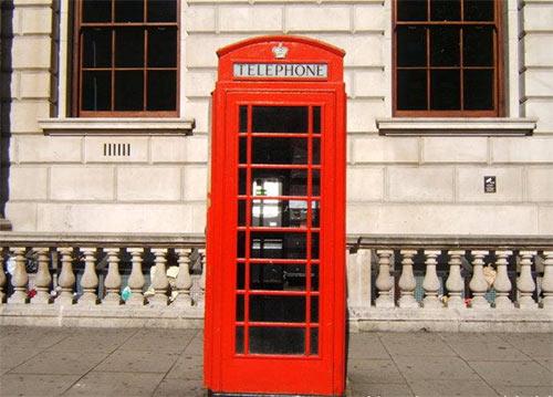 英国留学安全,这些电话请大家谨记!