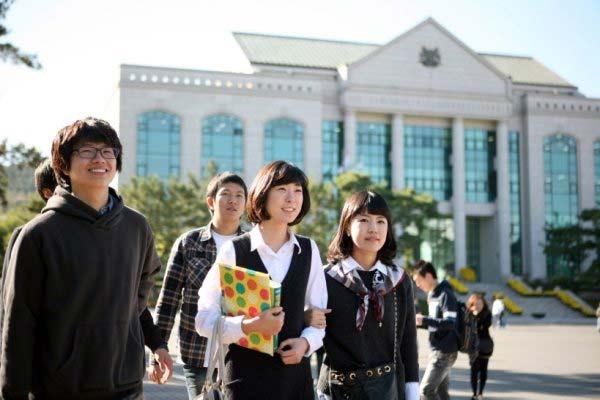 """韩国留学福利:首尔地铁公交""""免费坐""""?!"""