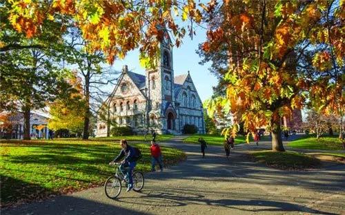 """""""不是学霸""""也能申请到的五所顶尖美国大学!SAT成绩只需25%-75%!"""