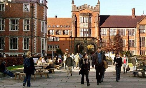 2018英国大学非凡奖学金申请截止日期