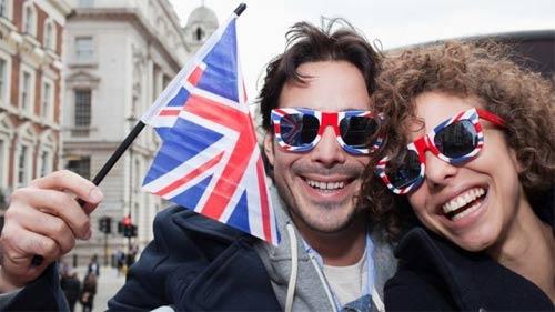 英国脱欧,各股势力对峙!可怕!留学生注意安全!