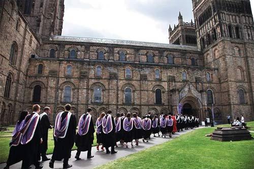 英国留学热门专业及名校推荐