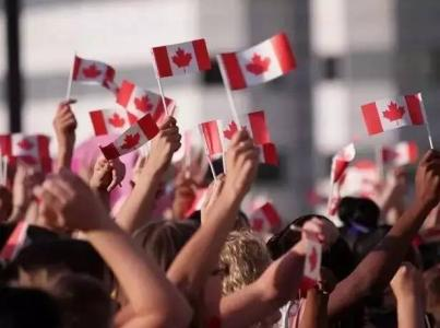 加拿大留学生.jpg