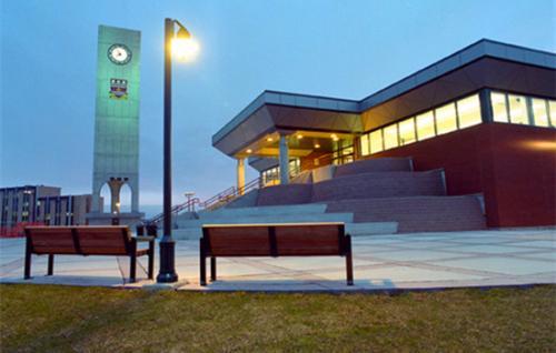 纽芬兰纪念大学.jpg