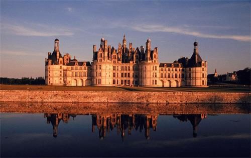法国香波城堡.jpg