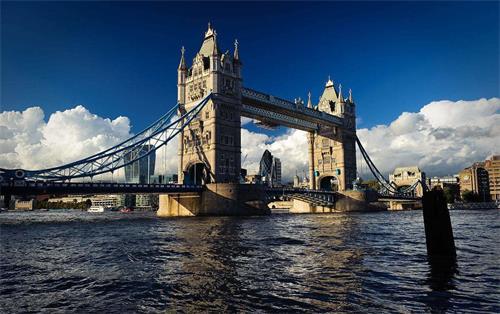 英国塔桥.jpg