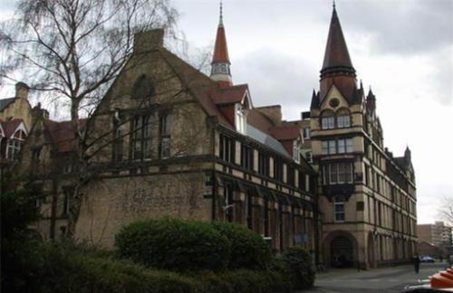 曼彻斯特大学图书馆.jpg