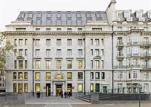 伦敦政治经济学院.jpg