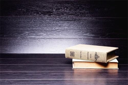 书籍.jpg