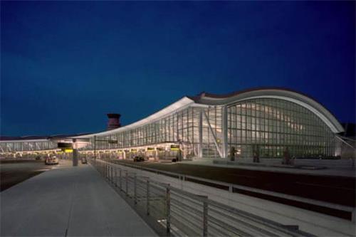 多伦多机场.jpg