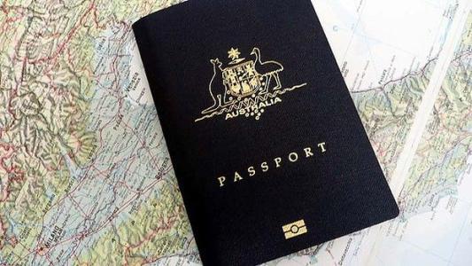 澳洲留学护照.jpg