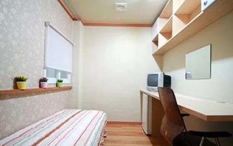 房间.jpg