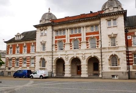 伦敦艺术大学.jpg