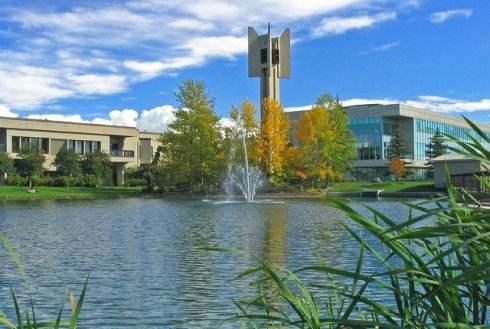加拿大留学,学长们最愿意推荐的院校竟然是?