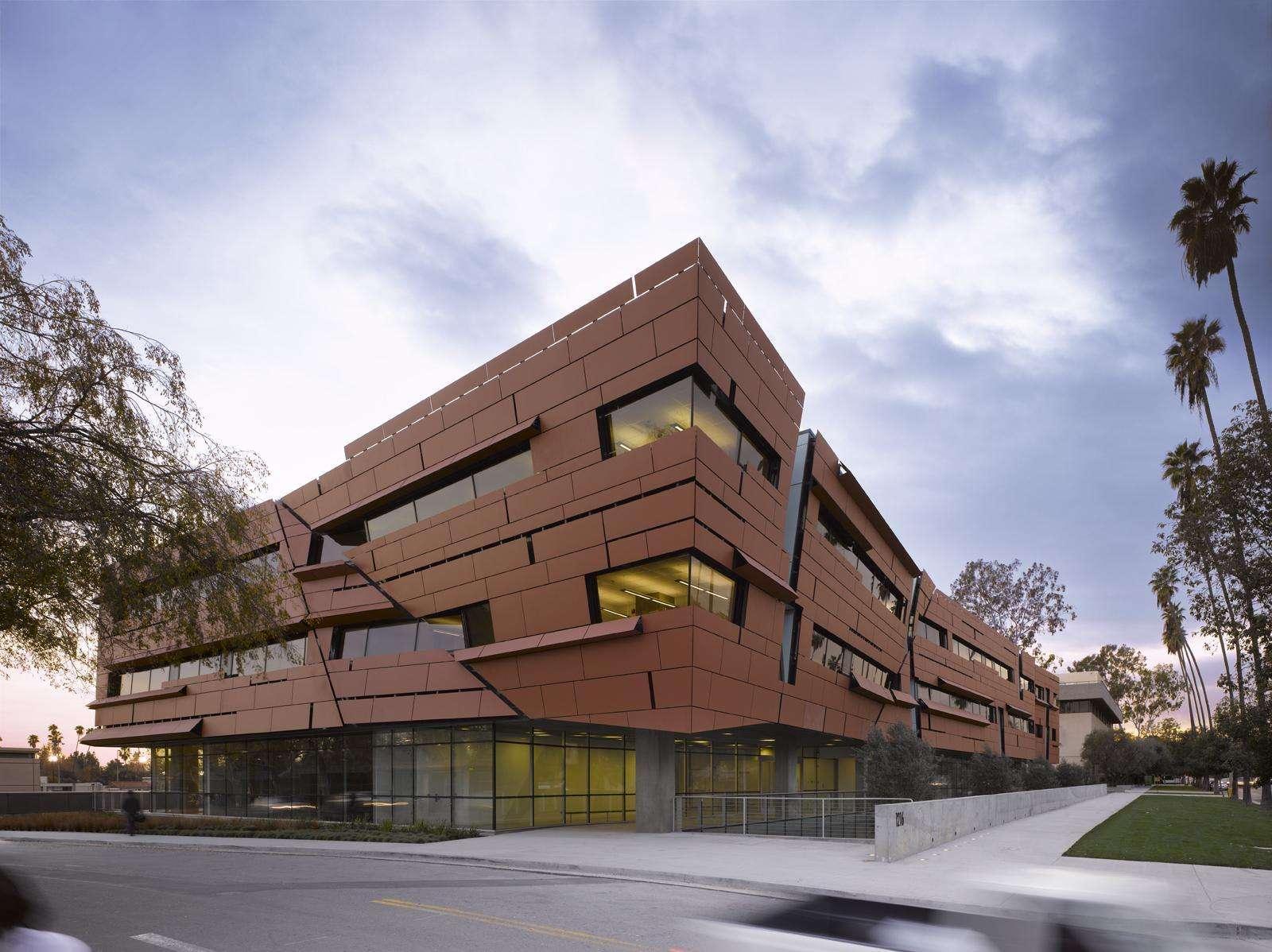 和MIT相媲美、拿下众多学科第一的Caltech,只录取这些学生