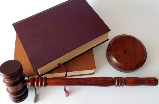 美国留学:申请法学专业是有多难?不妨问问司法部长!