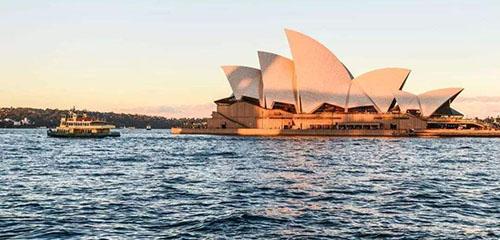 """澳洲留学:原来澳洲大学是这样""""抢""""学生的!"""