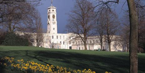 注意了!英国诺丁汉大学商学院部分专业本周五关闭申请!