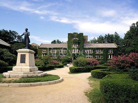延世大学再获韩国最具社会责任感大学称号!