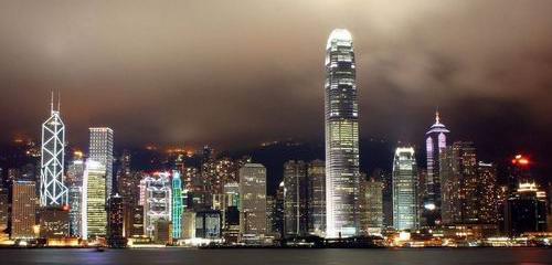 大数据来告诉你香港热门专业及薪资待遇
