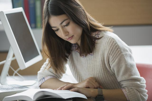 reading-studying-GettyImages-485207541.jpg