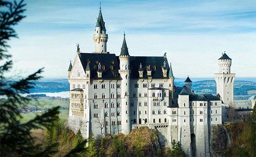 德国留学两种申请方式有哪些差别?申请材料区别大吗?