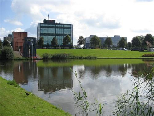鹿特丹商学院.jpg