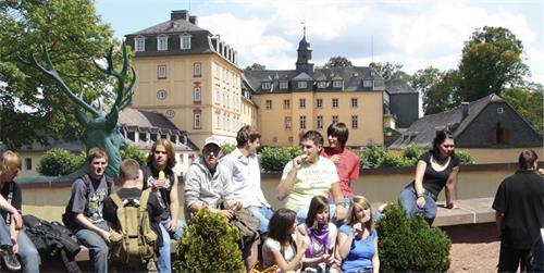 德国中学.jpg