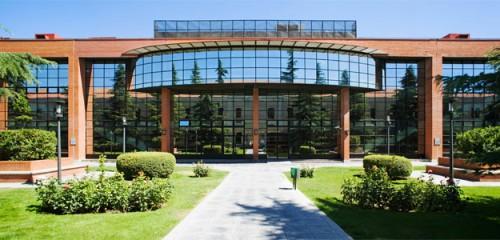 马德里卡洛斯三世大学.jpg