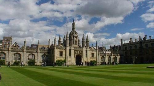 伦敦大学学院.jpg