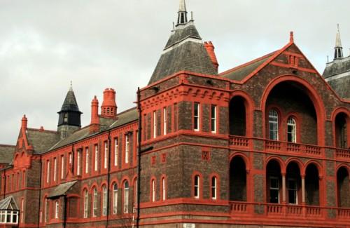 利物浦大学.jpg