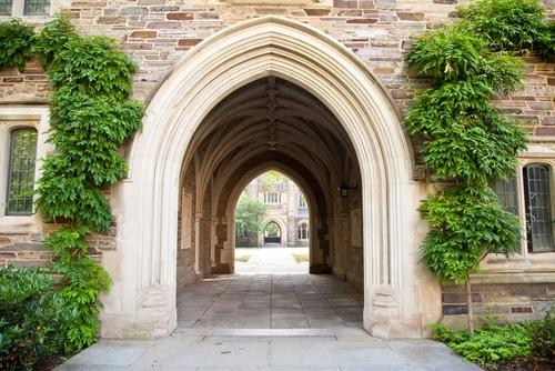 到英国剑桥留学要什么条件呢?