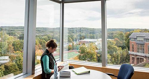 加拿大留学条件,加拿大留学必备条件,加拿大留学申请