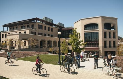 申请澳洲留学读研究生必备的申请条件是什么?