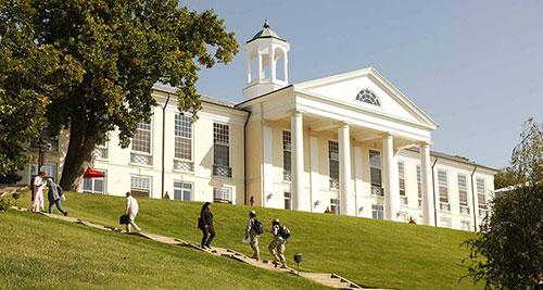 申请英国大学TOP10雅思成绩最低要求一览!你达标了没有?